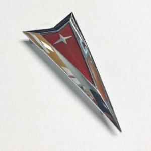 08-09 G8 Front Bumper Arrow Emblem GM